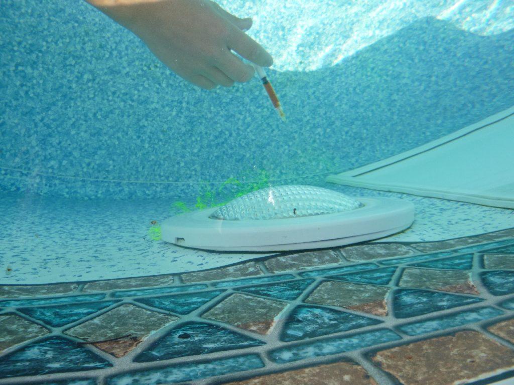 fuite lampe piscine